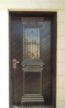 דלת מודרנית