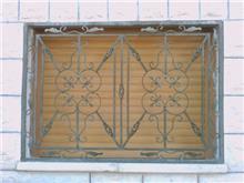 """סורגי ביטחון לחלון - מסגרית הדודים בע""""מ"""