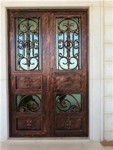 דלתות כניסה בעיצוב אלגנטי