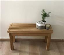 ספסל עץ לחדר רחצה - העיצובים של קורין