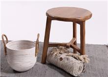 כסא שרפרף מעץ מלא דגם פתאל - העץ הנדיב