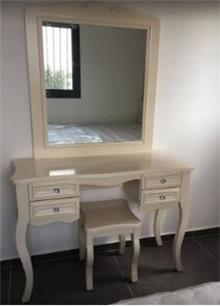 שולחן כתיבה וכוננית עץ מלא