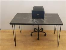 שולחן כתיבה/משרדי דגם TIKA - דמוי שיש שחור - + HOME