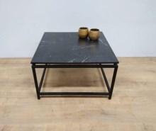 שולחן מרובע דמוי שיש שחור דגם B680