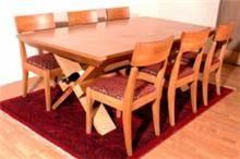 שולחן וכיסאות עץ מייפל בהיר