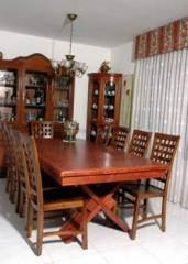 שולחן עץ בובינגה