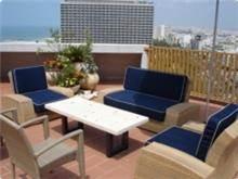 שולחן גן נמוך קרלטון תל אביב