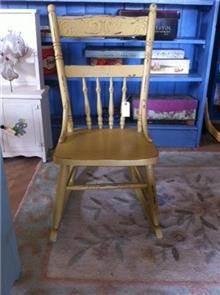 כסא נדנדה קטן
