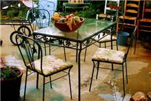 שולחן ברזל מרובע