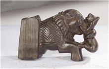 פסל פיל עתיק