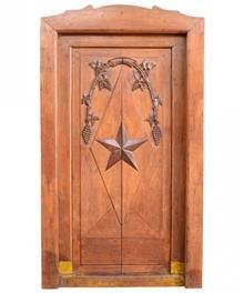 דלת עתיקה ייחודית