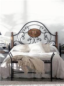 מיטת מתכת בשילוב עץ - DUPEN (דופן)