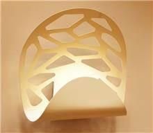 מנורת קיר בליז