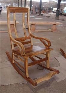 כיסא נדנדה מעץ - Treemium - חלומות בעץ מלא