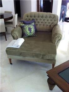 כורסא רחבה עם הדום - Treemium - חלומות בעץ מלא