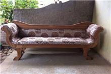 ספה תלת מושבית מפנקת