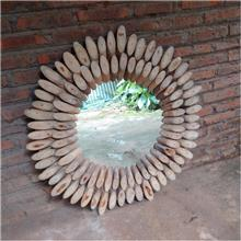 מראה מעוצבת מעץ טיק - Treemium - חלומות בעץ מלא