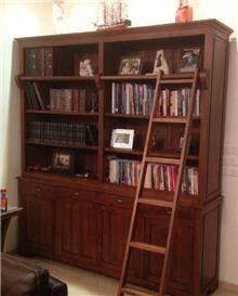 ארון ספרים קלאסי - Treemium - חלומות בעץ מלא