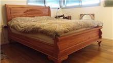 מיטה זוגית עם גילופים - Treemium - חלומות בעץ מלא