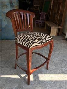 כסא בר מעץ 1173 - Treemium - חלומות בעץ מלא