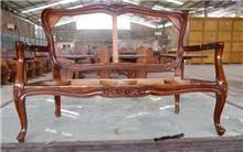 מבנה ספה מהגוני - Treemium - חלומות בעץ מלא