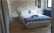 מיטת עץ 1766