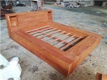 מיטה ייחודית מעץ מלא - Treemium - חלומות בעץ מלא