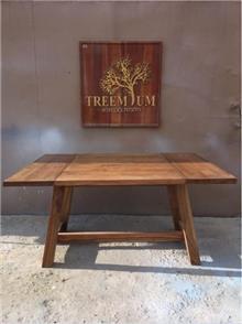 שולחן אוכל אלון - Treemium - חלומות בעץ מלא
